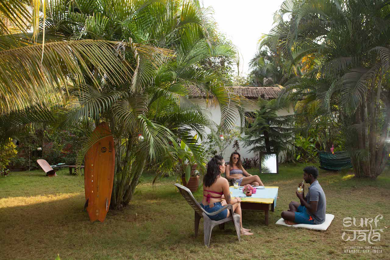 Guesthouse garden near the beach with relaxing outdoor seating and beautiful nature