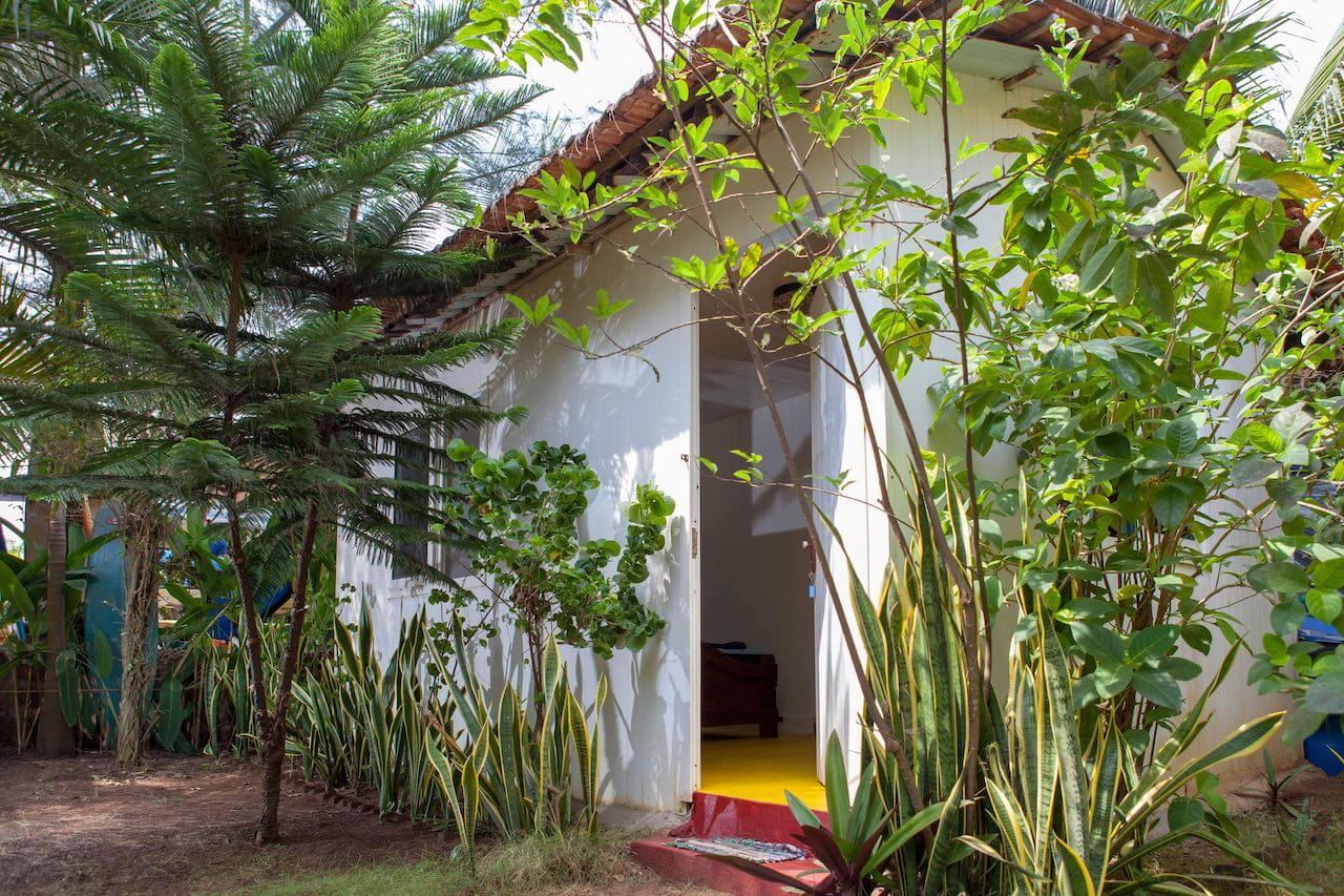 Front side of the garden cottage at the surf guest house near Arambol beach